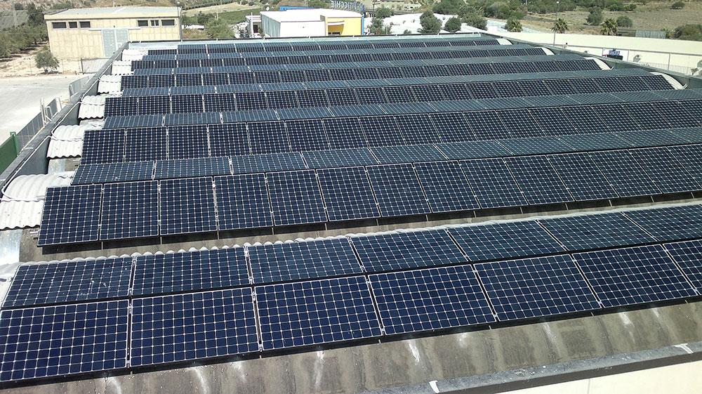 Capannone-industriale-70-kw-sunpower_Sun-Elettric-Gela